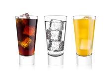 Exponeringsglas av cola och drink och lemonad f?r orange sodavatten fotografering för bildbyråer