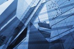 Exponeringsglas av det moderna tornet Arkivfoto