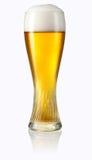 Exponeringsglas av ljust öl som isoleras på vit. Snabb bana Arkivfoto