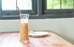 exponeringsglas av med is espressokaffe Arkivbilder