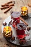 Exponeringsglas av mulled wine Arkivfoto