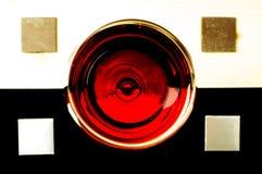 Exponeringsglas av rött vin överst Royaltyfri Fotografi