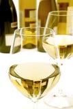 Exponeringsglas av vit wine Royaltyfri Bild