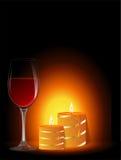 Exponeringsglas av wine och stearinljus Royaltyfri Bild
