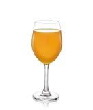 Exponeringsglas för orange fruktsaft med vit bakgrund arkivfoton