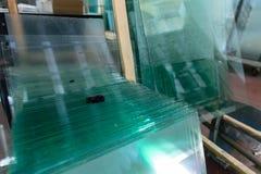 Exponeringsglas i industriellt glass bearbeta seminarium Arkivbilder