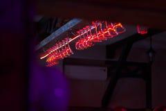 Exponeringsglas i natten av en nattklubb royaltyfri fotografi
