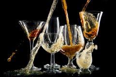 Exponeringsglas med kalla drinkar Arkivfoton