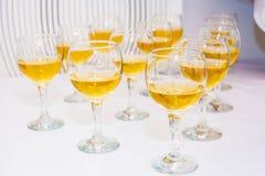 Exponeringsglas med wine Royaltyfria Foton