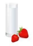 exponeringsglas mjölkar jordgubben Royaltyfri Fotografi