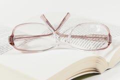 Exponeringsglas på en boka Fotografering för Bildbyråer