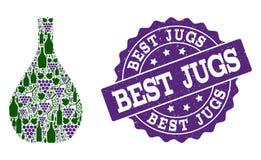 Exponeringsglastillbringarecollage av vinflaskor och druvan och Grungestämpeln royaltyfri bild