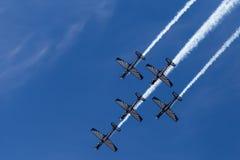 Exposição Aerobatic dos Falcons de prata Foto de Stock Royalty Free