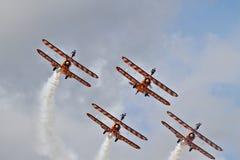 Exposição Aerobatic pelo Breitling Wingwalkers Imagem de Stock Royalty Free