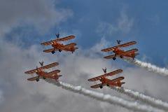Exposição Aerobatic pelo Breitling Wingwalkers Foto de Stock Royalty Free