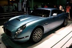 Exposição automóvel, canto de Aston Martin que indica carros épicos do vintage foto de stock