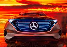Exposição automóvel 2016 de Paris - EQ, o carro bonde por Mercedes Fotografia de Stock