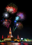 Exposição bonita do fogo de artifício pelo ano novo feliz 2017 da celebração, Imagens de Stock