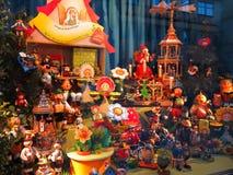 Exposição da janela do figurin original dos fumadores do incenso Foto de Stock
