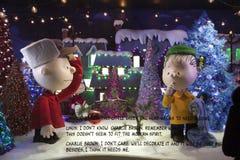 Exposição da janela dos amendoins do Natal em Macy em NYC Imagens de Stock
