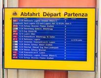 Exposição da partida da chegada na estação de trem de Arth-Goldau fotografia de stock royalty free
