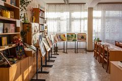 Exposição das pinturas dos estudantes Fotografia de Stock Royalty Free