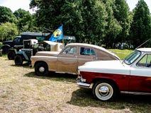 Exposição de carros do vintage na vila de Polotnyany Zavod, região de Kaluga, Rússia Imagens de Stock Royalty Free