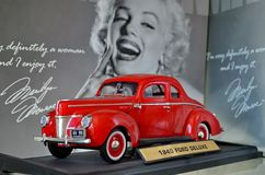 Exposição de carros retros Carro 'Ford Ford DeLuxe Coupe ', ano da fabricação 1940, poder 65 HP fotos de stock royalty free