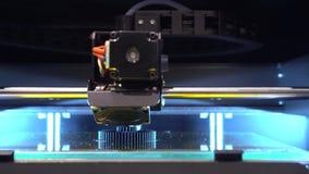 Exposição de fabricação aditiva da operação do robô filme