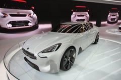 Exposição de KIA na auto mostra 2012 de Chicago imagens de stock
