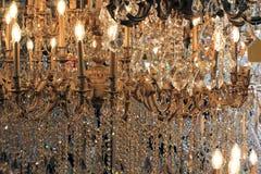 Exposição de vidro bonita do candelabro Imagens de Stock