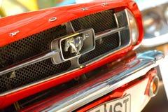 Exposição do carro na mostra de carro clássica de Bucareste Imagens de Stock