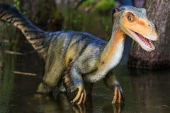 Exposição do dinossauro no parque botânico Foto de Stock Royalty Free