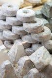 Exposição do queijo de cabra da especialidade Imagem de Stock