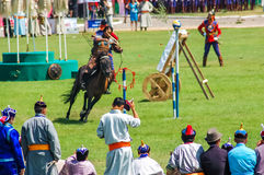 Exposição do tiro ao arco na cerimônia de inauguração de Nadaam Fotos de Stock