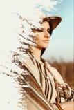 Exposição dobro criativa da mulher bonita do boho no por do sol no mo Foto de Stock Royalty Free