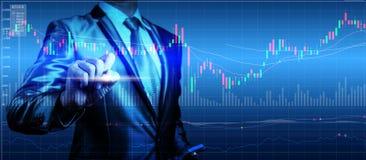 Exposição dobro do homem de negócios com carta do mercado de valores de ação Imagem de Stock Royalty Free
