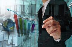 Exposição dobro do homem de negócios e a reunião de negócios ou o seminário fotografia de stock