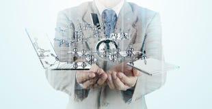 A exposição dobro do homem de negócios mostra a tecnologia moderna Fotografia de Stock