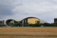A exposição e o centro de convenções de kaohsiung antes da precipitação Foto de Stock