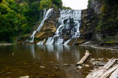 Exposição longa de Ithaca Falls, NY, EUA Imagem de Stock