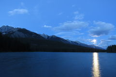 Exposição longa: Moonrise Foto de Stock Royalty Free