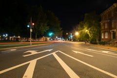 Exposição longa na noite de Logan Circle na C.C. do centro Imagem de Stock