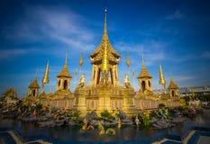 Exposição na cerimônia real da cremação, terra cerimonial de Sanam Luang, Banguecoque, Tailândia em November25,2017: Crematório r Foto de Stock