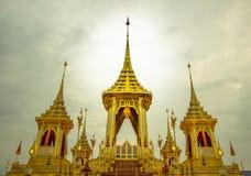 Exposição real da cremação, Sanam Luang, Banguecoque, Tailândia em November7,2017: Crematório real para a cremação real de seu Ma fotos de stock