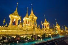 Exposição real da cremação, Sanam Luang, Banguecoque, Tailândia em November7,2017: Crematório real para a cremação real de seu Ma fotografia de stock