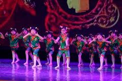 Exposición de enseñanza de clasificación Jiangxi del logro de los niños de la prueba de la academia de la danza de Pekín de los v imagen de archivo
