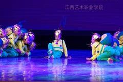 Exposición de enseñanza de clasificación Jiangxi del logro de los niños de la prueba de la pequeña del caracol de Pekín academia  imagenes de archivo