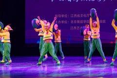Exposición de enseñanza de clasificación Jiangxi del logro de los niños de la prueba de la pequeña del caracol de Pekín academia  foto de archivo