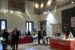 Exposición de las decoraciones de la Navidad Foto de archivo libre de regalías